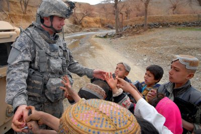 Soldiers and kids 2