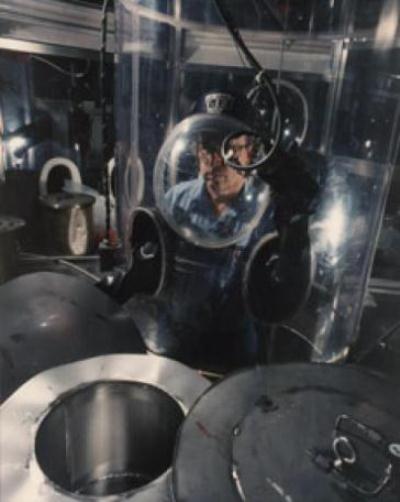 77-Uranium dismantle